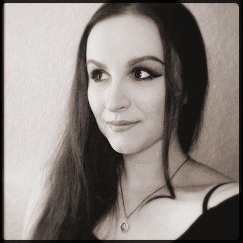 Olivia Solner - Gesangslehrerin, Coach für Songwriting