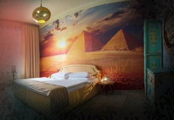 Zimmer-diskret-stundenweise-Erotik-Spinne-Hotel-Orient-Liebeshotel-Wien-Package-stundenzimmer-1030-vienna-sexhotel-stundenhotel