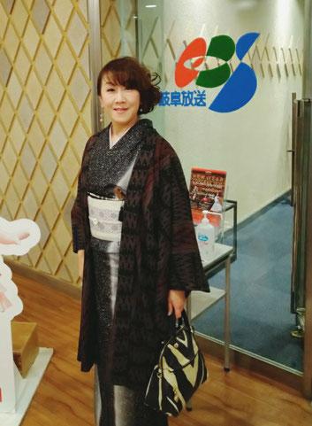 紬の訪問着に博多帯で行ってきました!