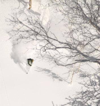 ski-trip-hokkaido-japan