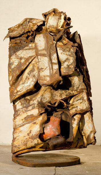 Métal peint soudé 2012    80 x 50 x 40