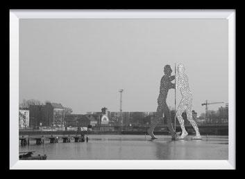 Molecule Man, Fotografie Deutschland
