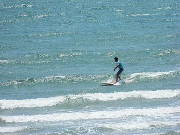 北よりの風で波が少し出てきました。Mr.KJ
