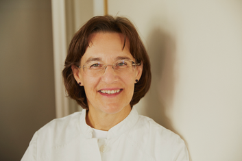 Dr. Helga Fichtenbauer HNO Ärztin Krems