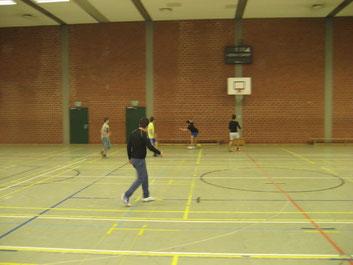 Tolle Ballführung durch die jugendlichen Nachwuchskicker