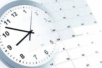 Uhr und Kalender - Dienstzeiten des Amtsgerichtes in Rastatt
