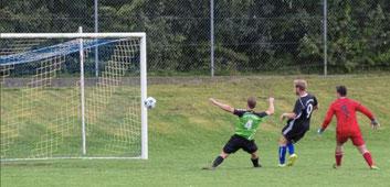 Goalgetter Florian Hagenberger besorgt den wichtigen Treffer zum 2:0.