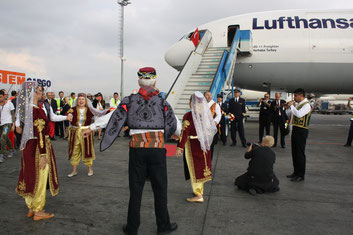 Istanbul's LH Cargo personnel welcomed the freighter in a very unique way.