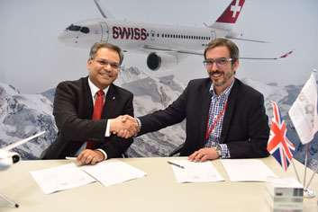 The partnership agreement signed by Ashwin Bhat of Swiss WorldCargo (left) and va-Q-tec's Dominic Hyde is good news for pharma & healthcare customers  -  courtesy SCW
