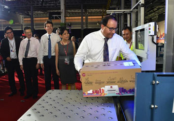 Official opening of eCommerce AirHub by Singapore Minister for Trade and Industry, S Iswaran
