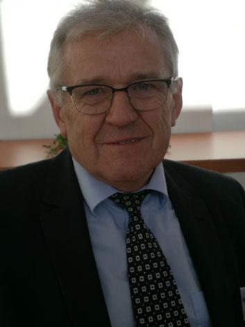 """Nikolai Lust: Gründer und Leiter der Hilfsorganisation """"Helfende Hand"""" e.V."""