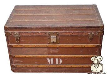 louis vuitton trunk repainted chip from saint ouen market Brown painted trunk
