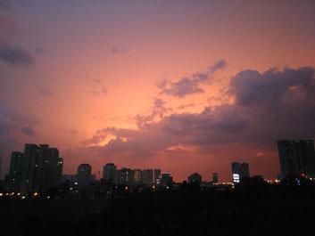 une de mes photos préférées, la couleur du ciel est juste sublime !!