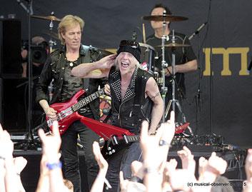 Mit Bassist Francis Buchholz und Schlagzeuger Hermann Rarebell sind TEMPLE OF ROCK inzwischen perfekt eingespielt.