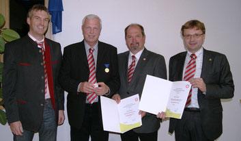 2.v.l. Gerhard Dubszka