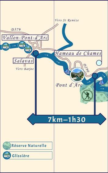 Descente de l'Ardèche entre Vallon Pont d'Arc et Châmes.