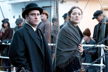 Joaquim Phoenix et Marion Cotillard dans THE IMMIGRANT, de James Gray (©Wild Bunch Distribution)