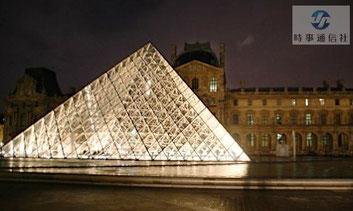 ルーブル美術館LED照明