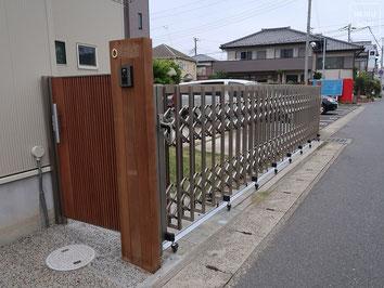 木製門柱、両開閉伸縮門扉、アルミ門扉、施工例
