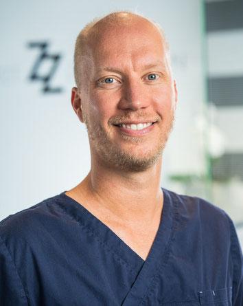 Christian Zotzmann, Zahnarzt in Sigmaringen. Sichere Amalgamentfernung und metallfreie Zahnbehandlung. (© Foto Schultheiss, Sigmaringen)