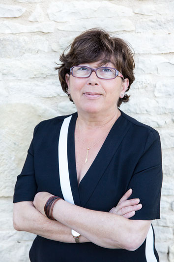Portrait corporatif de Elisabeth Deschene femme PDG de E-cime entreprise spécialisée en SEO référencement naturel en France photo par Marie Deschene pour Pakolla