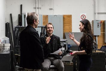 Photo des coulisses du Théâtre Desjardins à Lasalle Montréal avec Julie St-Pierre lors de soirée pour la nouvelle programmation par Pakolla Marie Deschene