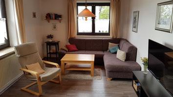 Ferienwohnung Schönthal Marita Zapf Apartment Zimmer Bad Staffelstein Obermain-Therme - Wohnbereich