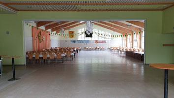 Blick in die große Halle auf Schützenfest