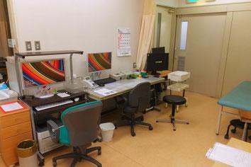愛知県丹羽郡扶桑町高雄定松90-1 山田整形外科 診察室