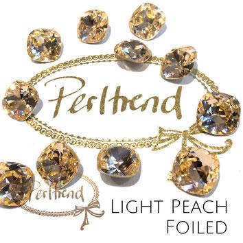 Perltrend Luzern Schweiz Onlineshop Schmuck Perlen Accessoires Verarbeitung Design Swarovski Crystals Crystal original Fancy Stones Cabochons Round Square Cushion 4470 12 mm Light Peach