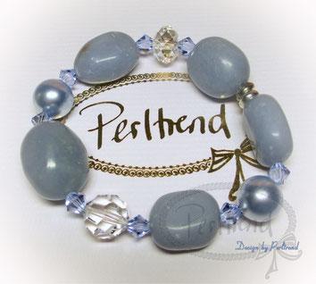 www.perltrend.com Arm Schmuck Blau Pearls hellblau babyblau Perlen Bracelet Armband Swarovski Crystal silber Schmuck Jewellery Jewelry Luzern Schweiz Onlineshop Perltrend Angelit Gemstone Edelstein Blue Angel
