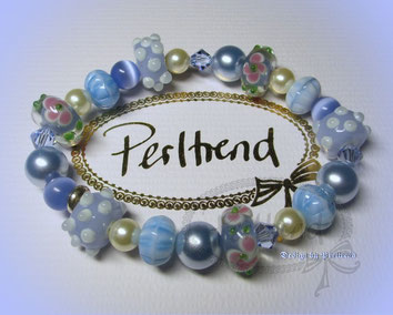 Perltrend Luzern Schweiz Onlineshop www.perltrend.com Schmuck Jewellery Jewelry Accessoires Mode Armschmuck Armband Armkette Bracelet Blau blue Hellblau Funny Light Multi Blue Cream