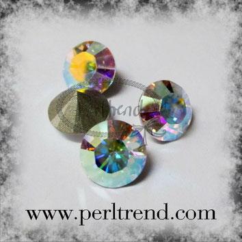 Perltrend Luzern Schweiz Onlineshop Schmuck Perlen Accessoires Verarbeitung Design Swarovski Crystals Crystal original Xilion 1028 Chaton Round Stone Crystal facettiert Crystal AB 8 mm