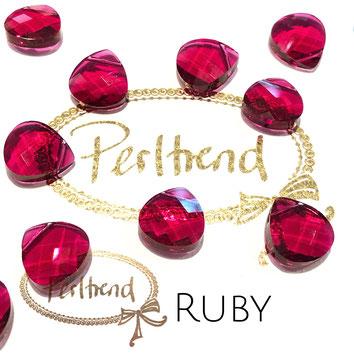 Perltrend Luzern Schweiz Onlineshop Schmuck Perlen Accessoires Verarbeitung Design Swarovski Crystals Crystal original  Briolette Flat Pear Pendant Anhänger Ruby