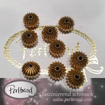 www.perltrend.com Perltrend Luzern Schweiz Onlineshop Schmuck Jewellery Jewelry Perlen Pearls Accessoires basteln Schmuckdesign DIY Schmuckverarbeitung Perlen goldfarben gold golden diverse Formen Scheibe 12mm