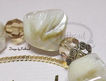 www.perltrend.com Armschmuck Bracelet Schmuck Perltrend Luzern Schweiz Onlineshop Jewellery Jewelry Mother of pearl Perlmutt Shell Head Crystal Swarovski beige