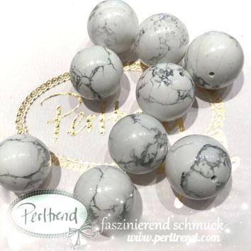 www.perltrend.com Edelsteine Gemstones Steine Perlen Heilsteine Schmuck Schmuckdesign Perltrend Luzern Schweiz Onlineshop Perle Schmuckstein  Howlith weiss grau beige 16 mm