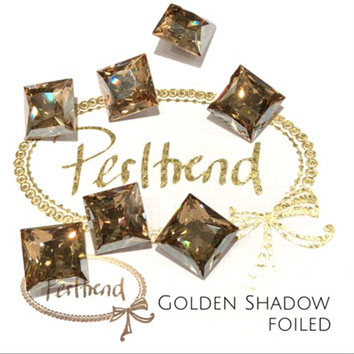 www.perltrend.com Swarovski Crystal Elements original Crystals Perltrend Luzern Schweiz Onlineshop Schmuck Jewellery Schmuckverarbeitung facettet facettierte Cabochons Crystal facettiert Fancy Stones Princess Square 4447 12 mm Crystal Golden Shadow