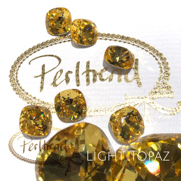 Perltrend Luzern Schweiz Onlineshop Schmuck Perlen Accessoires Verarbeitung Design Swarovski Crystals Crystal original Fancy Stones Cabochons Round Square Cushion 4470 12 mm Light Topaz