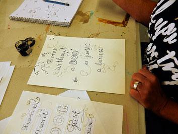 Ein ganz hunde-freundlicher Kalligraphieworkshop