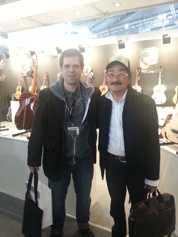 Zusammen mit Masaki Sakurai (Sakurai/Kohno Guitars)