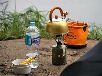 Camping-Urlaub mit einer Camping-Reiserücktrittskostenversicherung der ERGO für Womo-Stornokosten und Reiseabbruch vom Campingplatz
