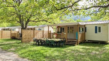 Mobilhomes 4-6 places avec terrasses couvertes