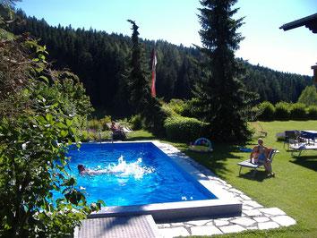 Sommerurlaub, Swimmingpool, Frühstückspension Radstadt