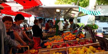Nombreux Marchés et magasins Produits de Terroir