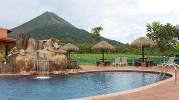 Hotel cerca de  Aguas Termales La Fortuna