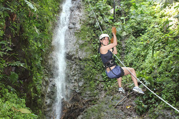 Canyoneering -Rapelling - La Fortuna Volcán Arenal