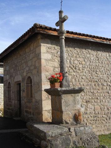 La Chapelle du Crozet et sa croix