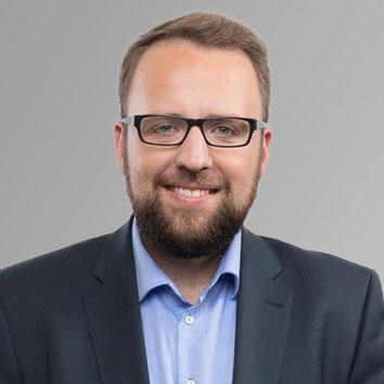Alexander Schwake
