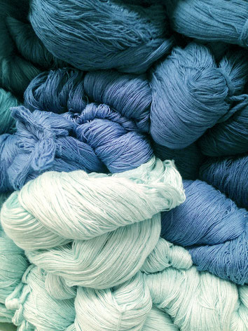 dyed yarn for Huckepack baby carriers, wraps and slings.